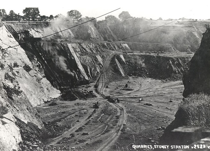 The extracted aggregate was probably removed by horse-drawn  cart, as no railway connection is yet shown.